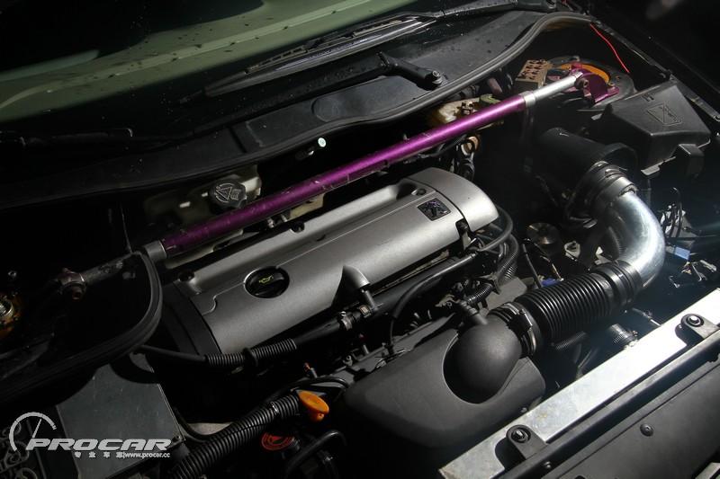0l发动机完全移植自国外版本的标致206